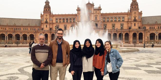 Recepción de Sidi Mohammed Siddeq y familia en Sevilla